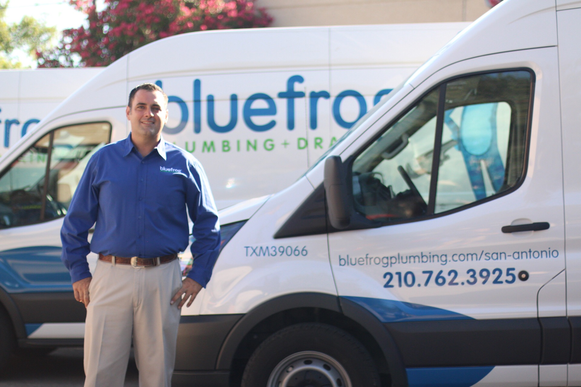 bluefrog plumber and van